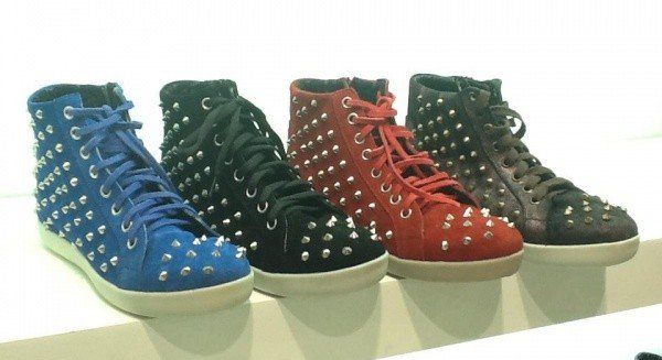 tendencia-metalica-zapatos6