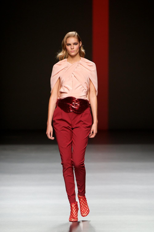 como-usar-pantalones-rojos12