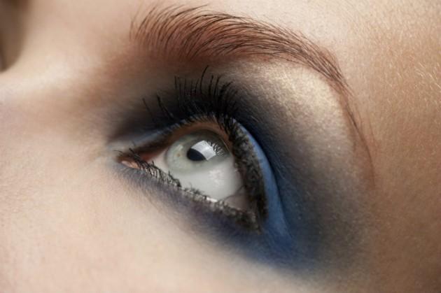 tips-para-usar-sombra-de-ojos-azul 2